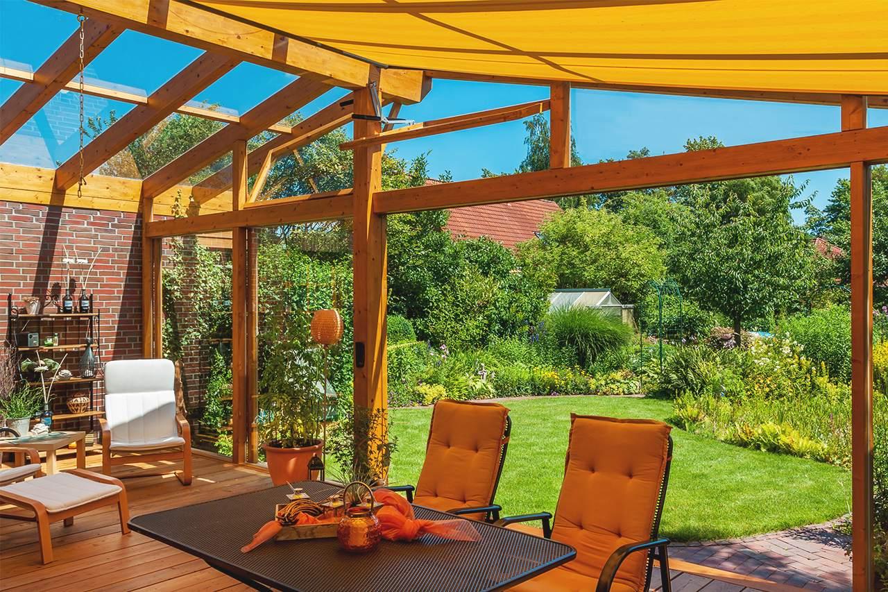 sichtschutz f r garten terrasse die 8 sch nsten ideen varianten. Black Bedroom Furniture Sets. Home Design Ideas