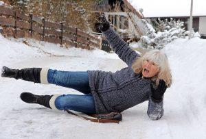 schnee schaufeln, gehweg enteisen, zaun modern